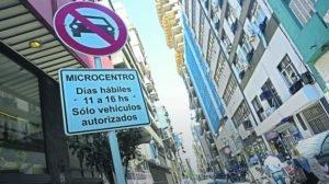 12 5 Microcentro Peatonal multan a 1.500 vehículos por día por ingresar sin permiso.jpg 1